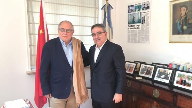 El embajador argentino en China recibió a Jalil
