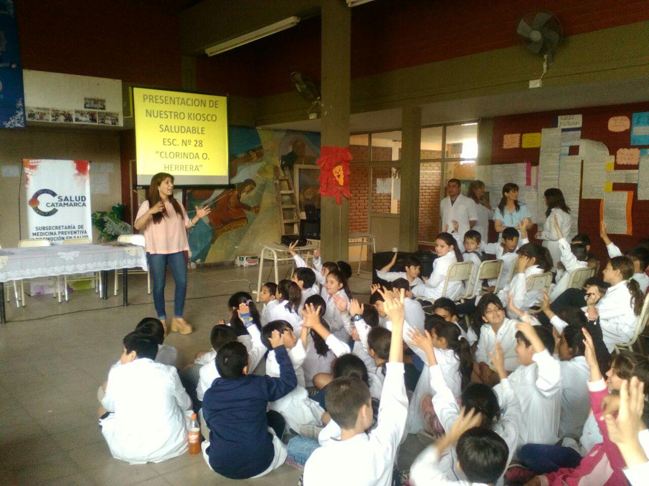 Otra escuela se suma al Kiosco Saludable