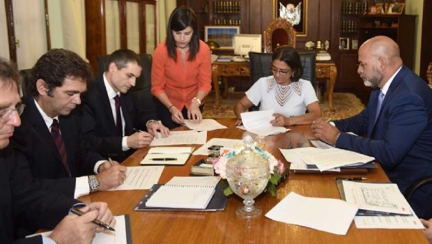 Se firmó el contrato de modificación para el Proyecto Fénix