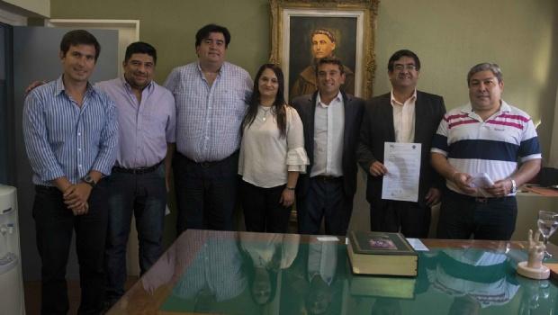 Ferreyra tomó juramento a nuevos miembros de su gabinete