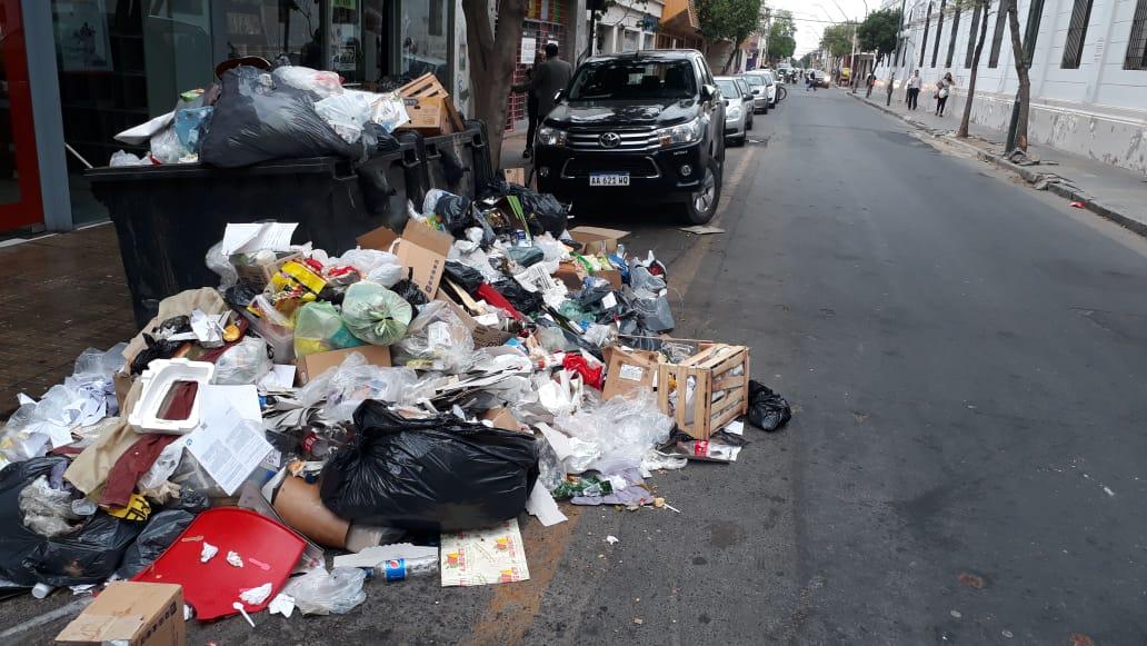 Capital fue a la Justicia solicitando un amparo contra el Soem por la basura