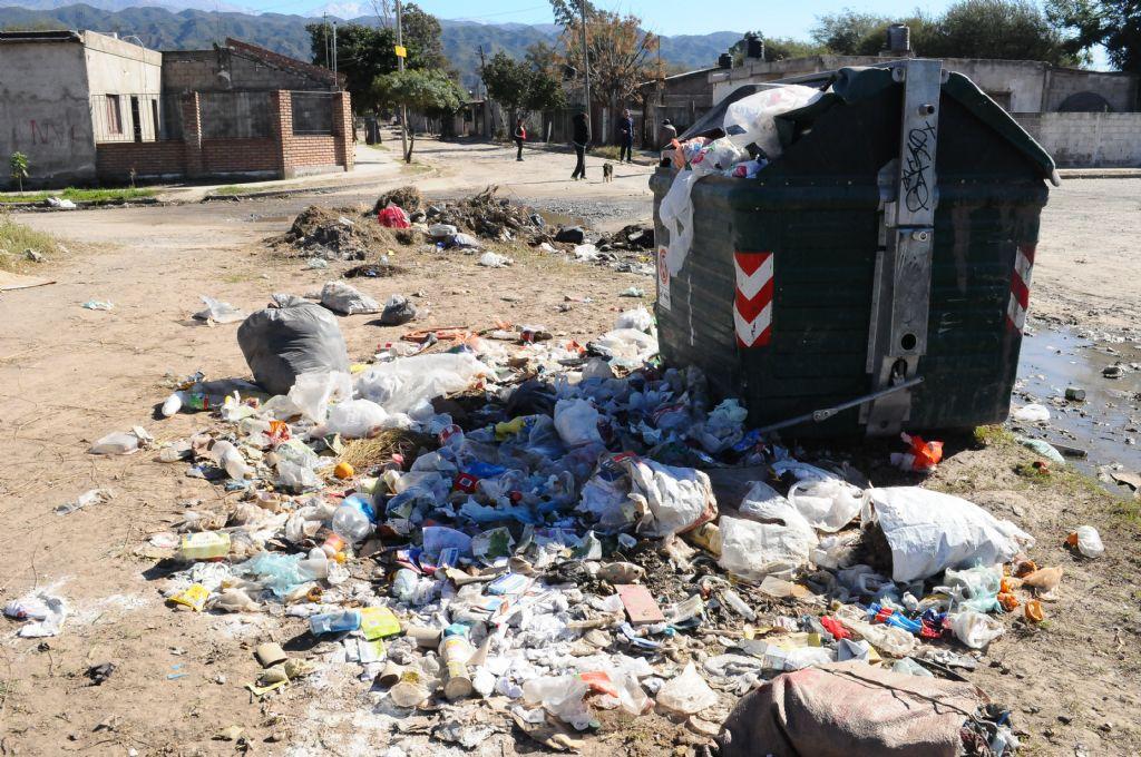 Basurales en la ciudad por protesta en Higiene Urbana