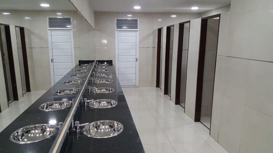 Trabajos de refacción y remodelación de baños de la Terminal