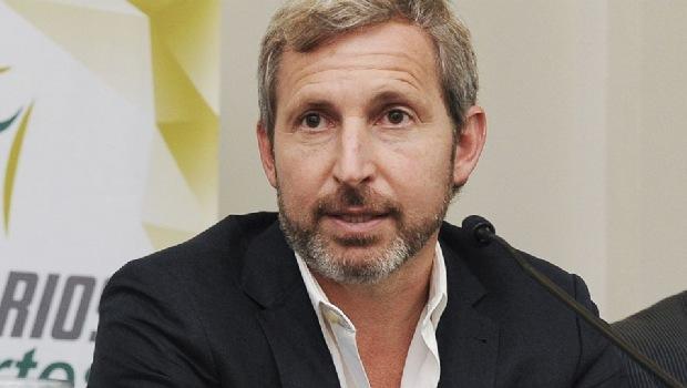 Frigerio se sumó de urgencia a cumbre con gobernadores para discutir pacto fiscal
