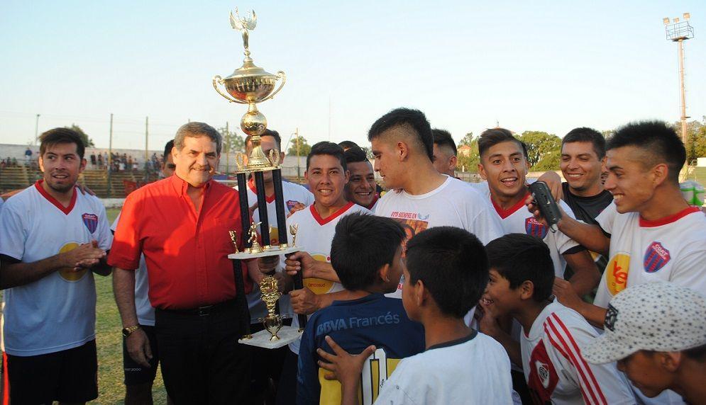 Américo Tesorieri campeón del Anual capitalino
