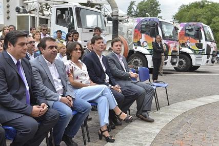 Lucía entregó camiones a Servicios Públicos y Aguas de Catamarca