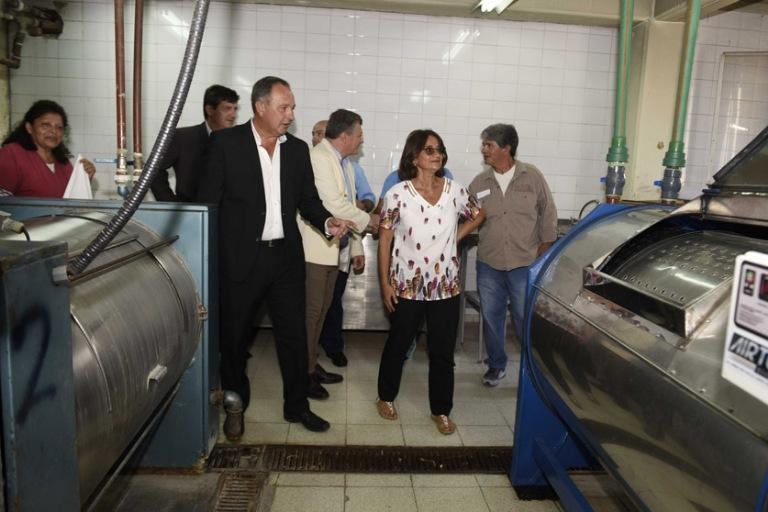 Lucía entregó equipamiento para el Hospital de Niños