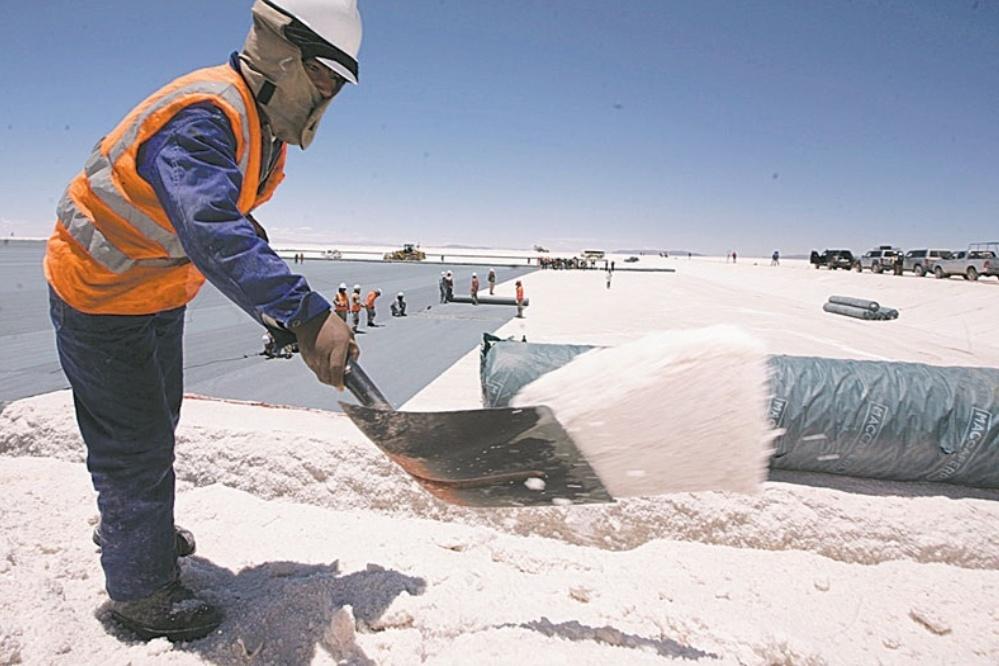 Una empresa radicada en Catamarca y otra en Jujuy se fusionan creando un gigante del litio