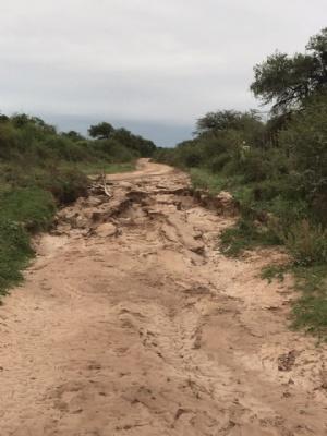 Reclaman por mal estado de caminos comunales