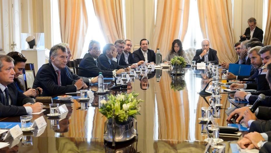 La inflación se coló en la puja de Macri con los empresarios