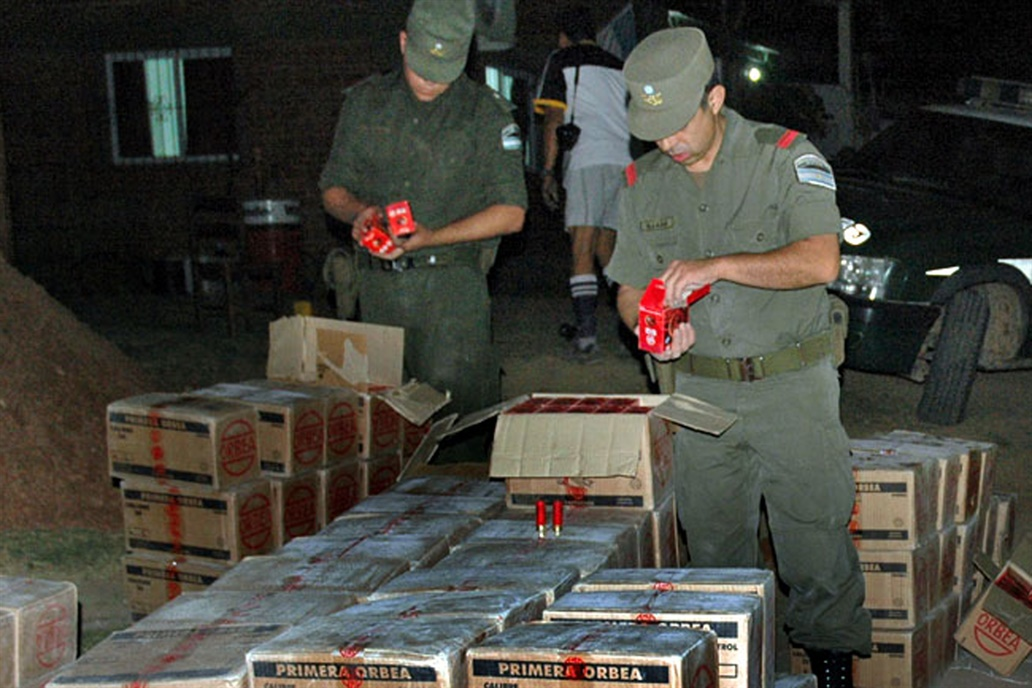 Procesan a cinco militares por la falta de 19.000 municiones