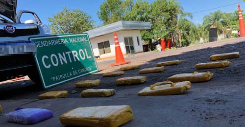 Detienen a tres personas con 11 kilos de marihuana acondicionados en un rodado
