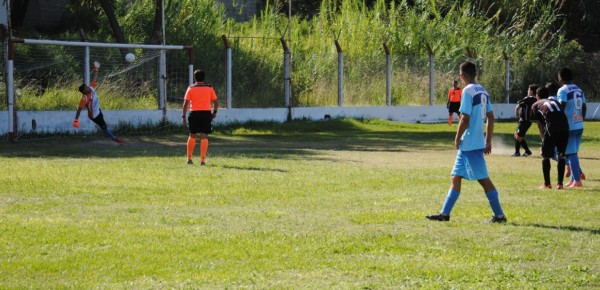 Superliga: La Carrera y Los Altos Igualaron 2 a 2