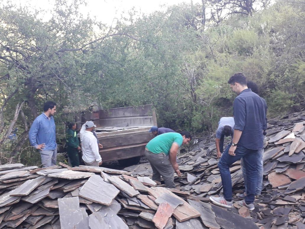 Minería colaboró con productores para transportar laja