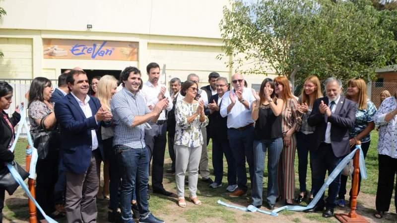 Se inauguraron las dos nuevas fábricas en El Pantanillo