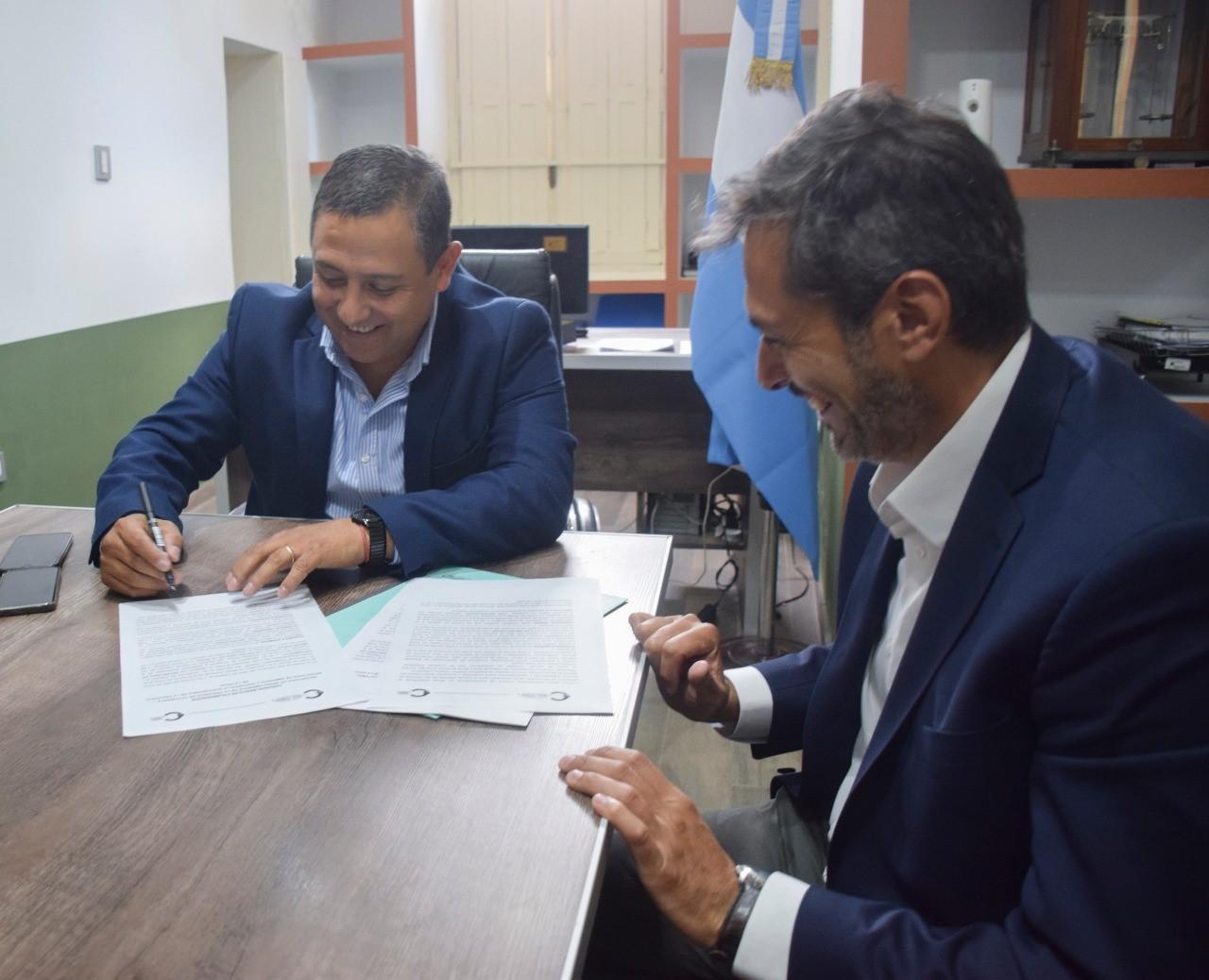 Catamarca y La Rioja firman convenio de colaboración para el control de tránsito ilegal de la flora y fauna
