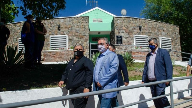 Raúl inauguró ampliación del CAPS y un Centro de Documentación en Las Juntas