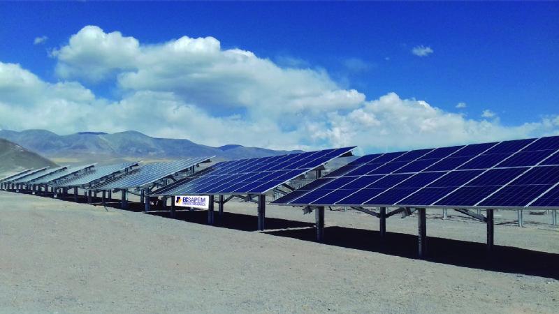 Tras una fuerte inversión, EC Sapem inaugurará el parque solar de El Peñón
